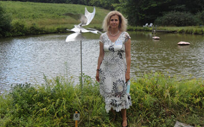 Martina Muller Receives Recognition at Chatham Meadows Sculpture Show
